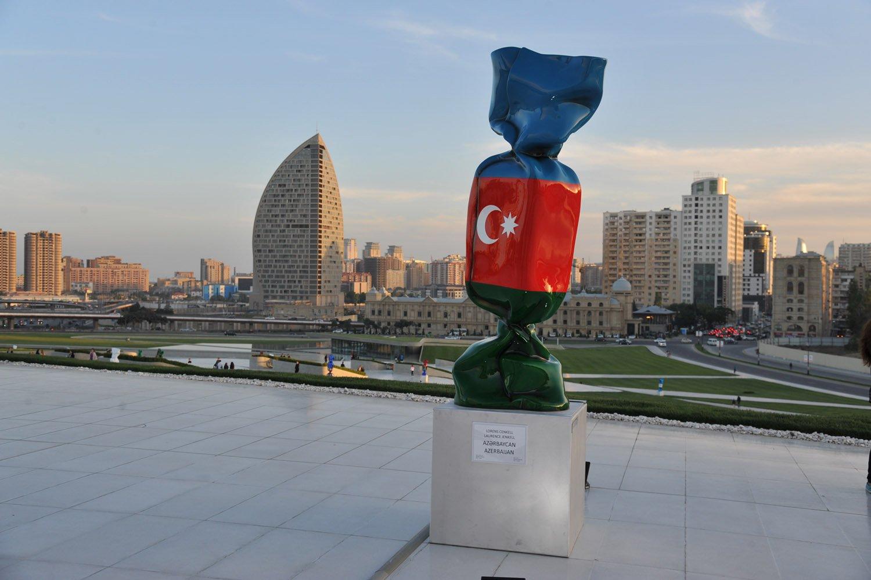 Laurence Jenkell, Heydar Aliyev Center, Baku