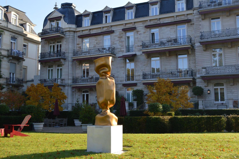 jenkell-sculpture-bonbon-exposition-baden-baden.jpeg